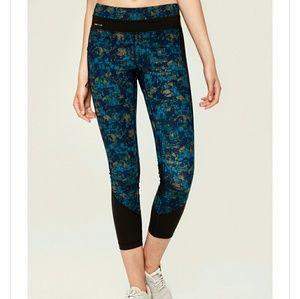 Lole Burst Leggings cropped zipper pocket mesh